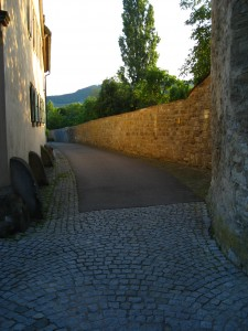 City wall in Iphofen, Germany. For the fleeing criminal, these walls were usually insurmountable.