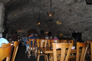 A German vintner's bush tavern in a wine cellar.