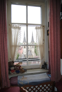 The view from the living room over the church.