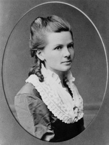 Bertha Benz, public domain.