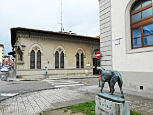 mMonument to the Italian Fido