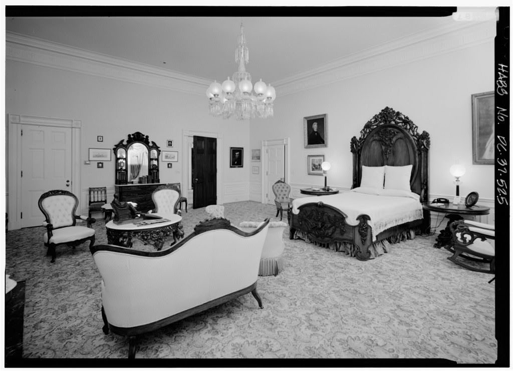 The Lincoln bedroom.